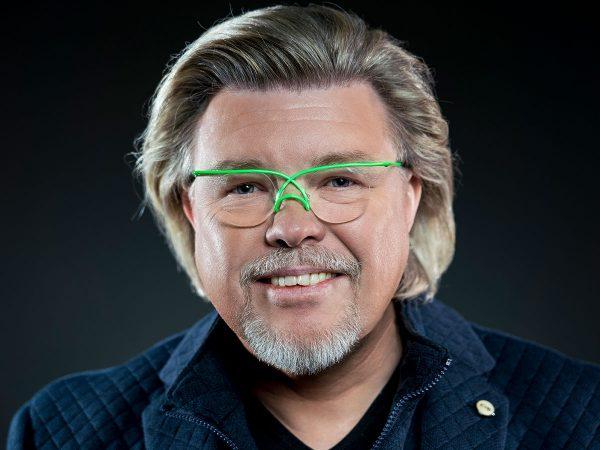 René Karst boeken? - Euro-Entertainment B.V.