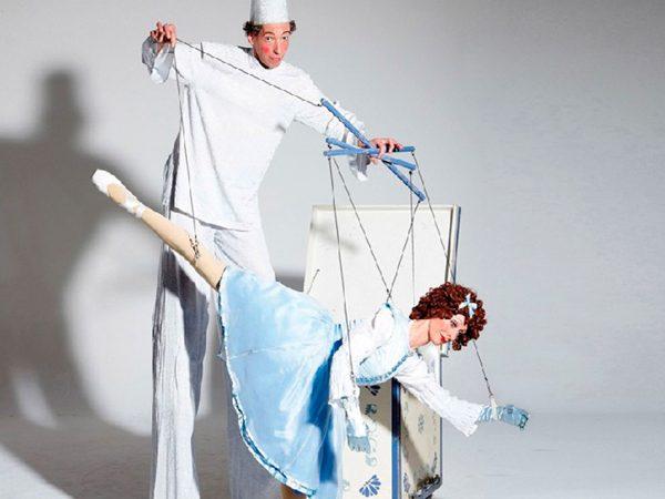 De Marionette boeken? - Euro-Entertainment B.V.