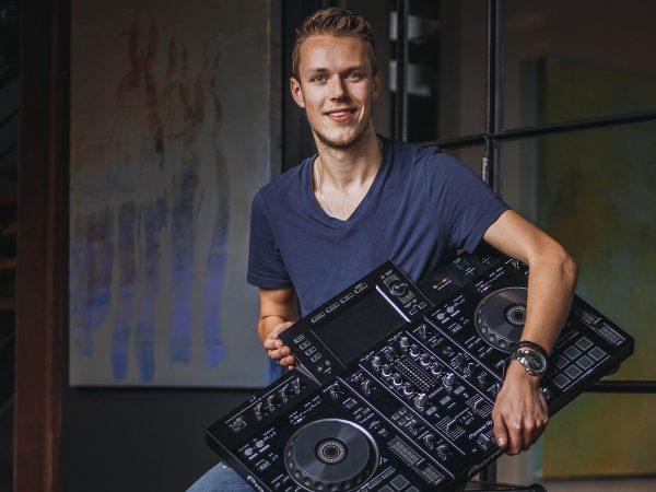 DJ Sander Post boeken? - Euro-Entertainment B.V.