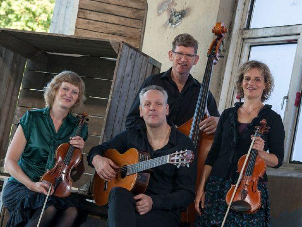 Symply Strings boeken? - Euro-Entertainment B.V.