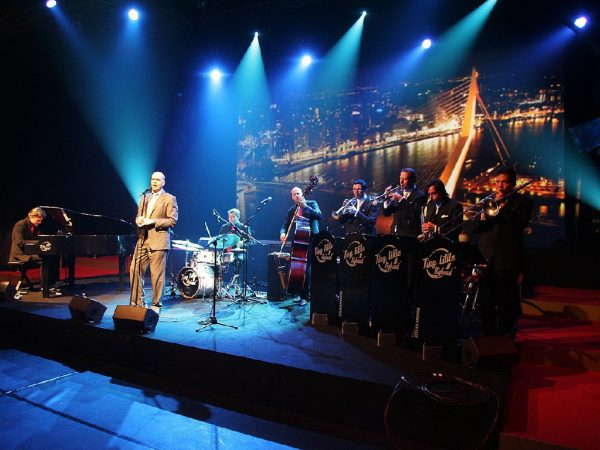 Tiny little bigband boeken? - Euro-Entertainment B.V.
