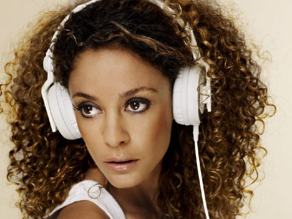 Fajah boeken? - Euro-Entertainment B.V.