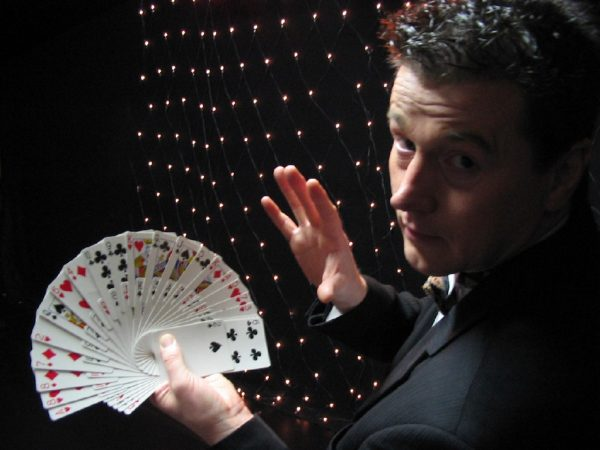 Magic John boeken? - Euro-Entertainment B.V.