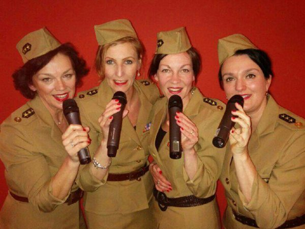 Andrews Sisters boeken? - Euro-Entertainment B.V.
