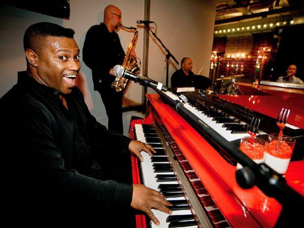 Crazy Piano's On Tour boeken? - Euro-Entertainment B.V.