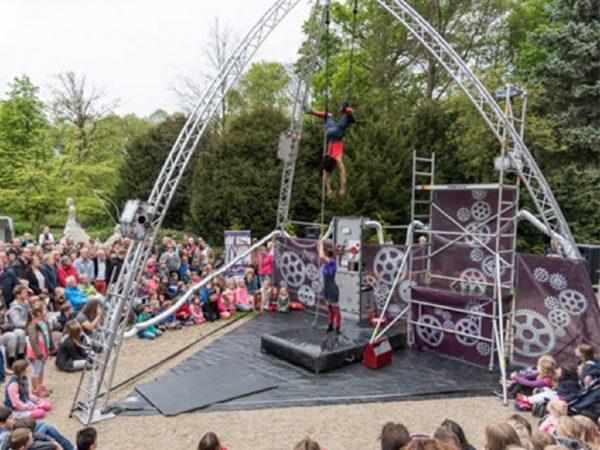 Ernest's rockin'Stuntshow boeken? - Euro-Entertainment B.V.