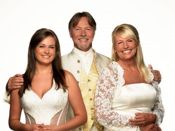 Opera Familia boeken? - Euro-Entertainment B.V.