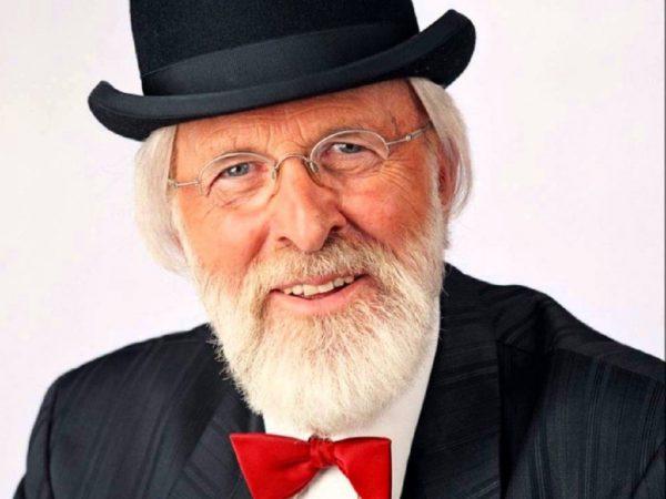 Vader Abraham boeken? - Euro-Entertainment B.V.